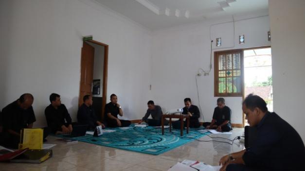 http://pa-tamianglayang.go.id/images/WhatsApp%20Image%202020-05-06%20at%2008.44.08.jpeg