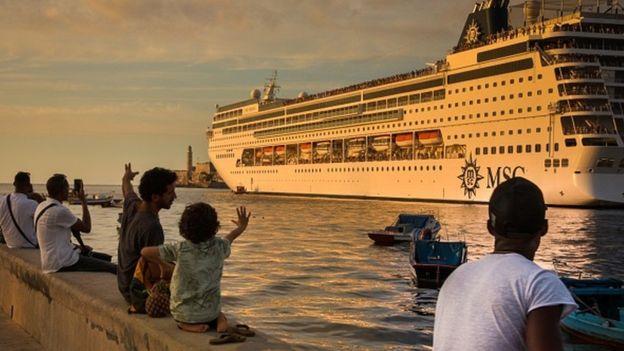 郵輪離開哈瓦那