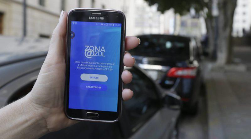 Aplicativos para celular facilitam vida de motoristas e do poder público na utilização dos estacionamentos rotativos. (Fonte: Prefeitura de Mairiporã)