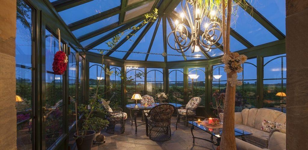 Wintergarten einrichten Glaskasten