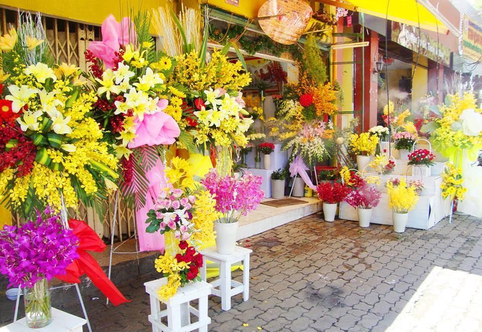 Kết quả hình ảnh cho mua hoa tươi