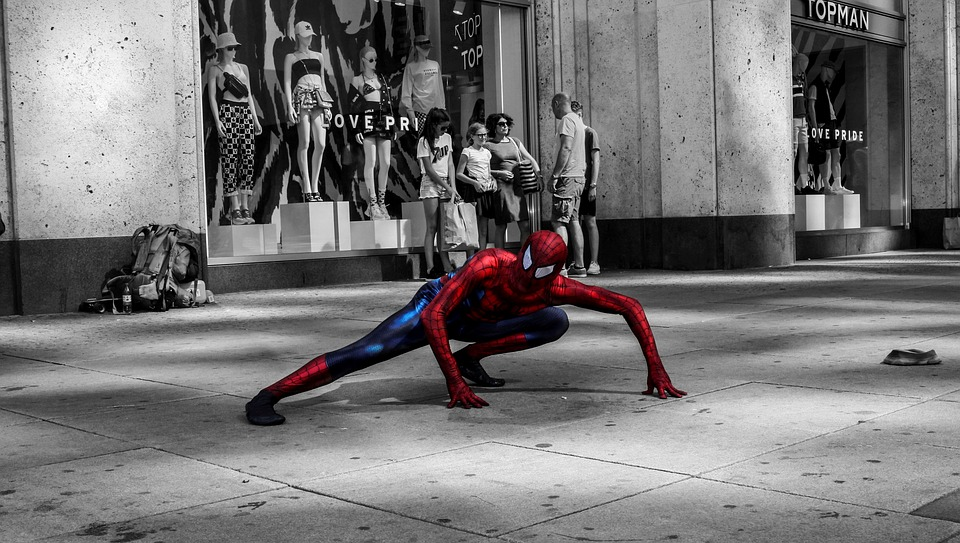 Spiderman clothing