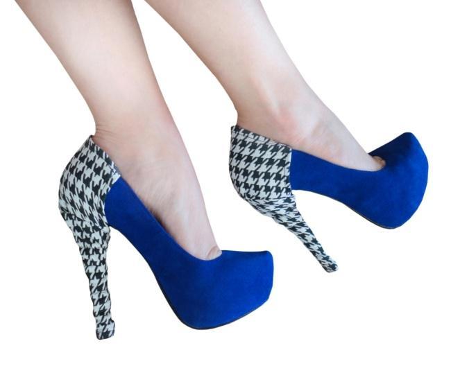 http://www.highheeljunkie.com/wp-content/uploads/2012/01/houndstooth-heel-condom.jpg