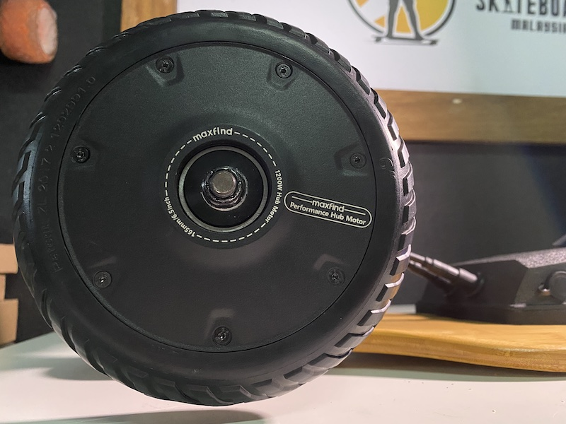 Close-up of the Maxfind M6 Drive Kit Dual Hub Motor