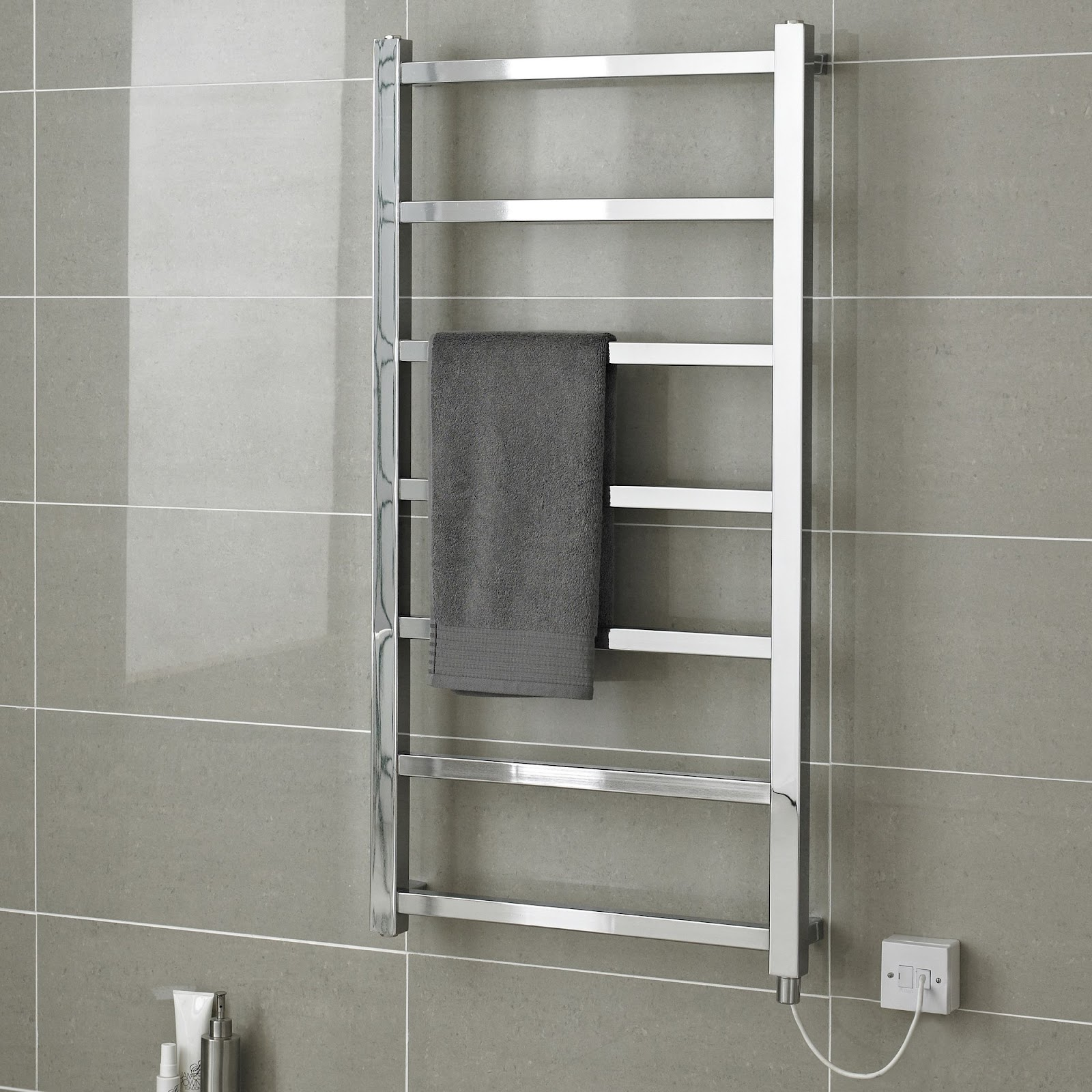 Eton+Wall+Mount+Electric+Heated+Towel+Rail.jpg