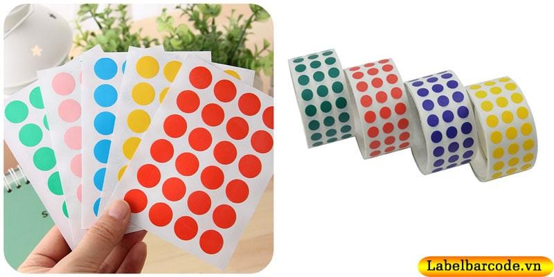 Decal tem tròn bế dạng cuộn , tờ full màu sắc và kích thước