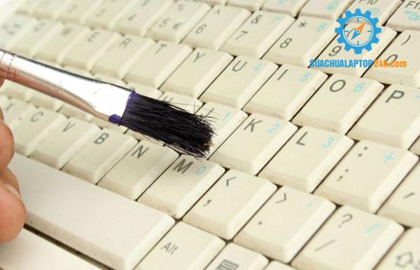 cach-sua-chua-ban-phim-laptop-9