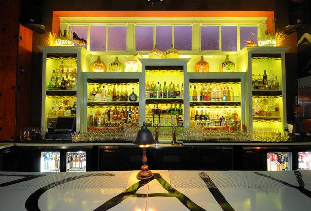 top-tequila-bars-Los-Angeles-Las-Perlas
