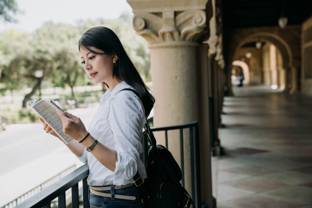 letras mercado de trabalho onde fazer faculdade