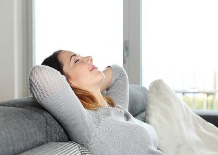 Thư giãn, nghỉ ngơi hợp lý giúp phòng tránh kinh nguyệt màu đen