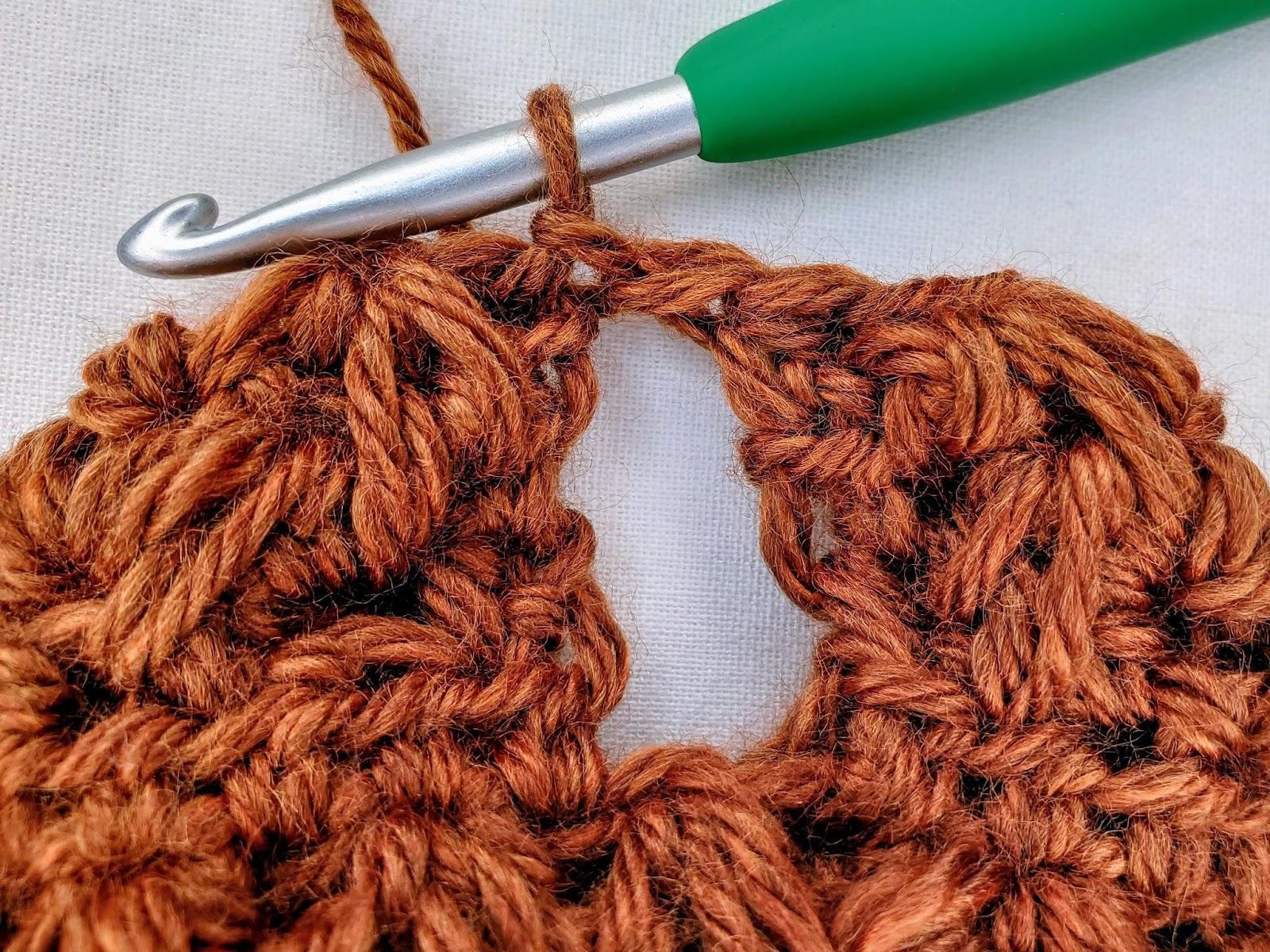 Falling Feathers Gloves - Free Crochet Pattern