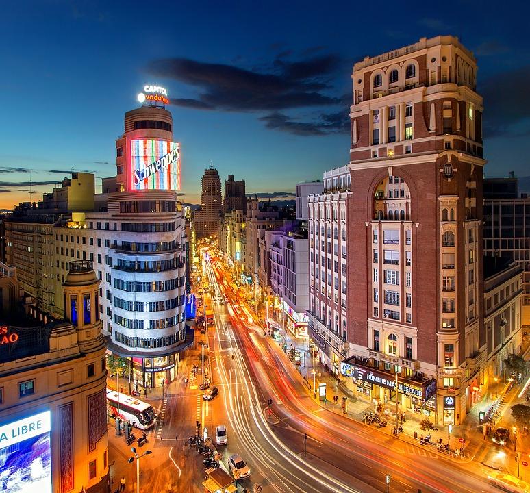 Hotel En San Blas Madrid El Iceberg De Madrid