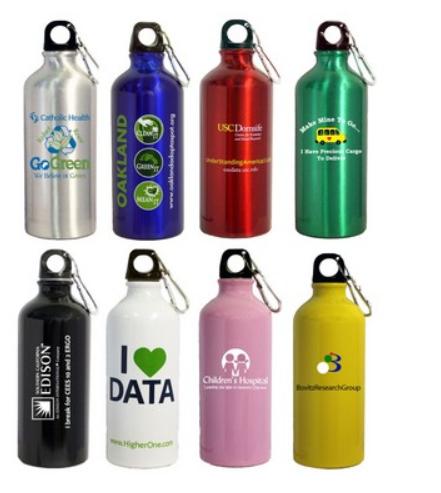 22 Oz. Aluminum Sports Water Bottle w/ Carabiner