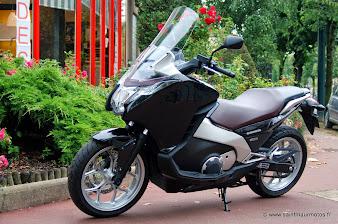 saint maur motos 40 ans d 39 exp rience votre service page 7. Black Bedroom Furniture Sets. Home Design Ideas