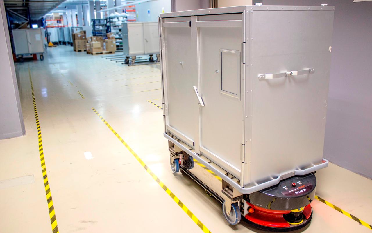 Robot used for medical transportation