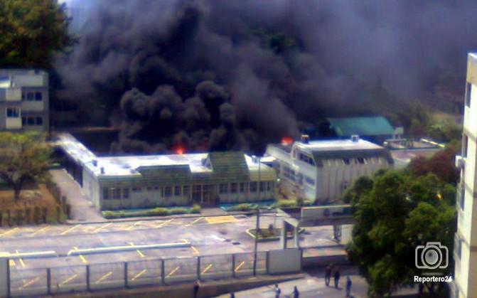 Resultado de imagen para quemada UNEFA