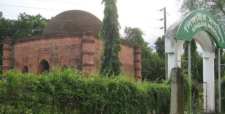 ষাটগম্বুজ মসজিদের দক্ষিণ-পূর্বে অবস্থিত সিংগাইর মসজিদ