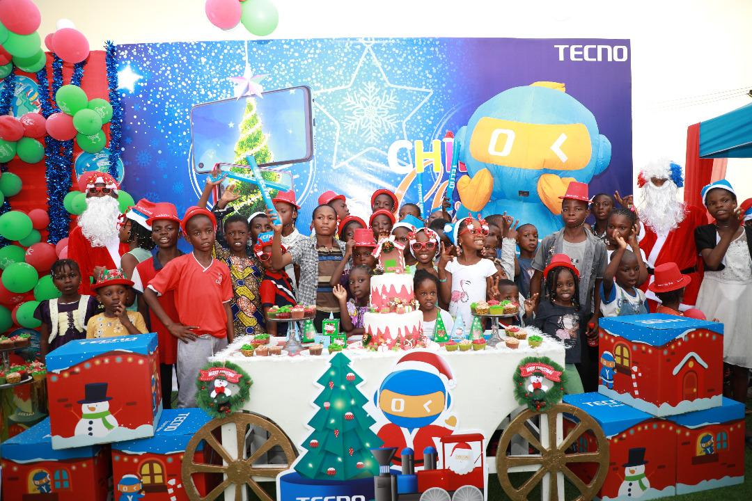 {filename}-Tecno Put Smiles On The Faces Of Nigerians By Fulfilling Their Family Xmas Wishes
