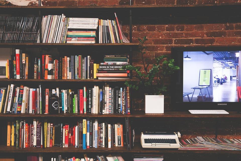 Biblioteca, Livros, Tv, Multimédia, Quartos, Moderna