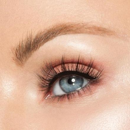 Walk of Fame Studio Strip Lashes