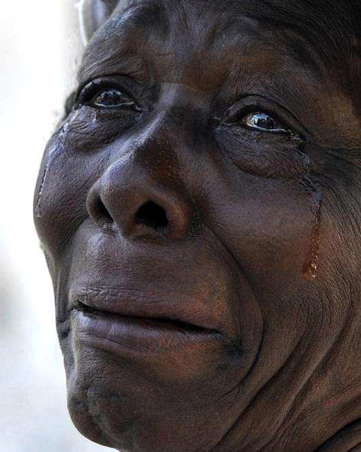 Image result for HAITIAN LADY CRYING   photos