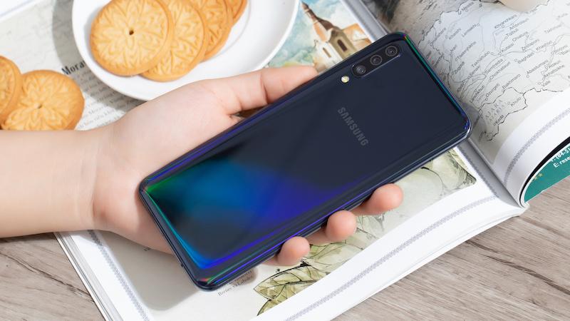 Điện thoại Samsung Galaxy A50 chính hãng | Trên tay và đánh giá