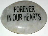 rememberanceStone_FOREVER-IN-OUR-HEARTS_w200.jpg