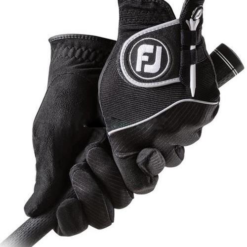 Đeo găng tay khi đánh golf