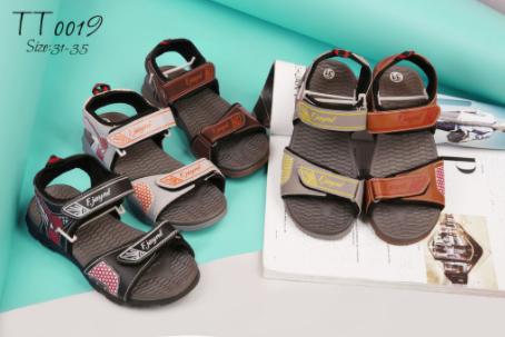 Thiên Hương Shoes đơn vị bán giày uy tín