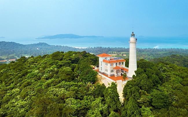 Trải nghiệm tour đi Cô Tô với toàn cảnh tuyệt đẹp từ trạm Hải Đăng