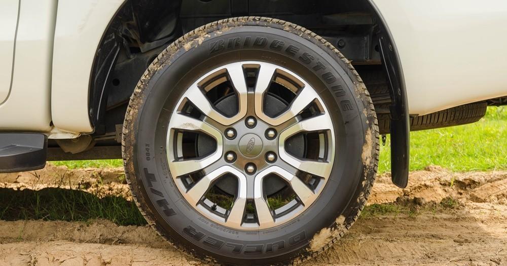D:\Mâm xe ford ranger\2016banxehoicom26-115a.jpg