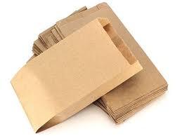 Dónde guardo la mascarilla cuando me la quito? En sobres, bolsas de papel o  estuches como estos | Estilo de vida