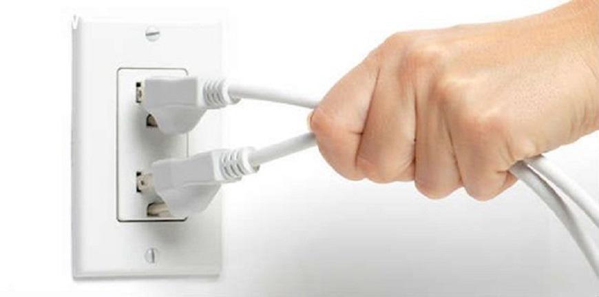 Ngắt nguồn điện khi không sử dụng bình nóng lạnh
