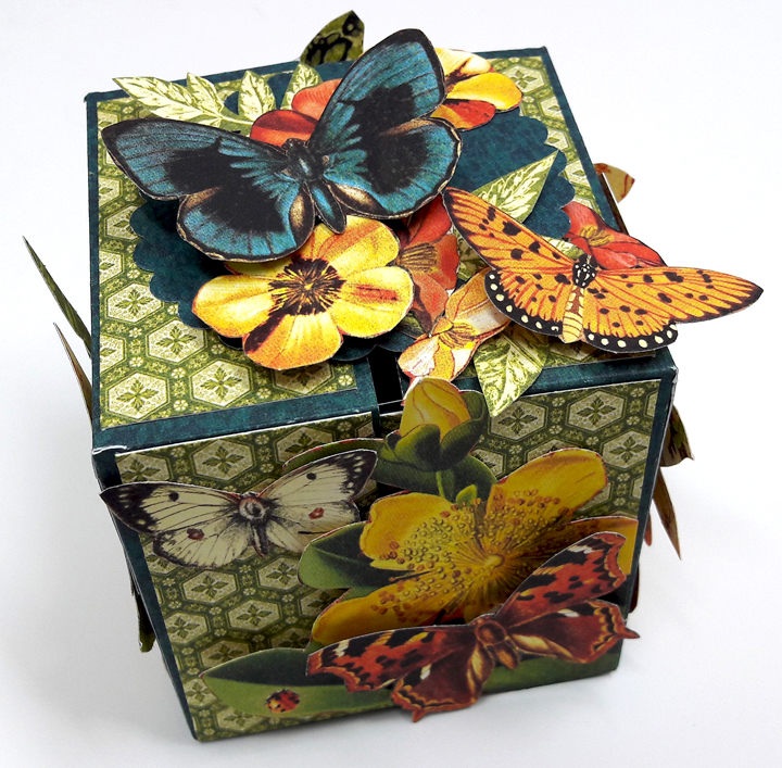 One Page Wonder Box, by Einat Kessler, Nature Sketchbook, Product by Graphic 45 photo 5.jpg