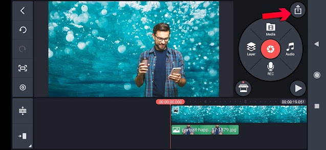 Remove chroma from video and photos on the Ken Master application