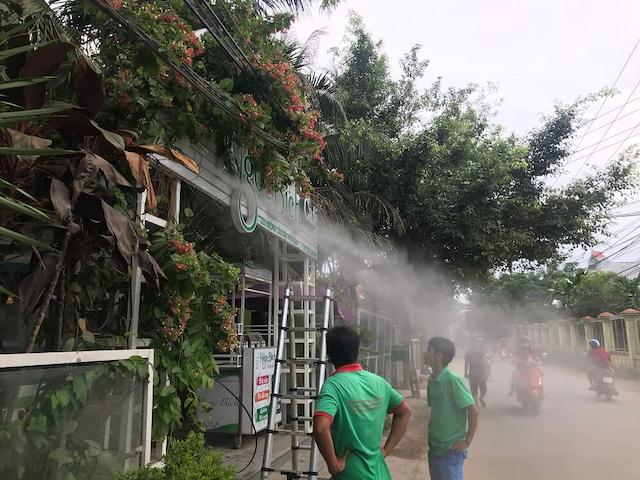 Nhu cầu lắp máy phun sương ở TPHCM tăng cao vào mùa hè