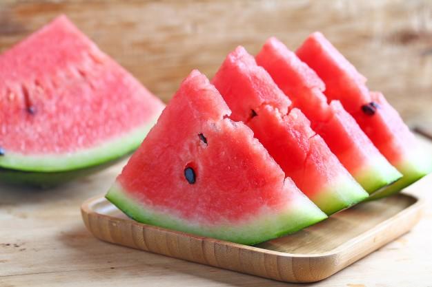 1. กินแตงโมลดน้ำหนักได้