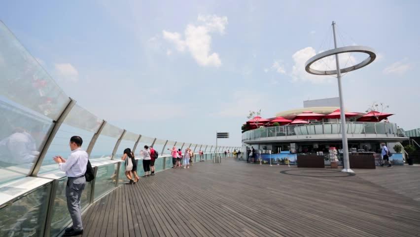 skypark observation deck flyspaces