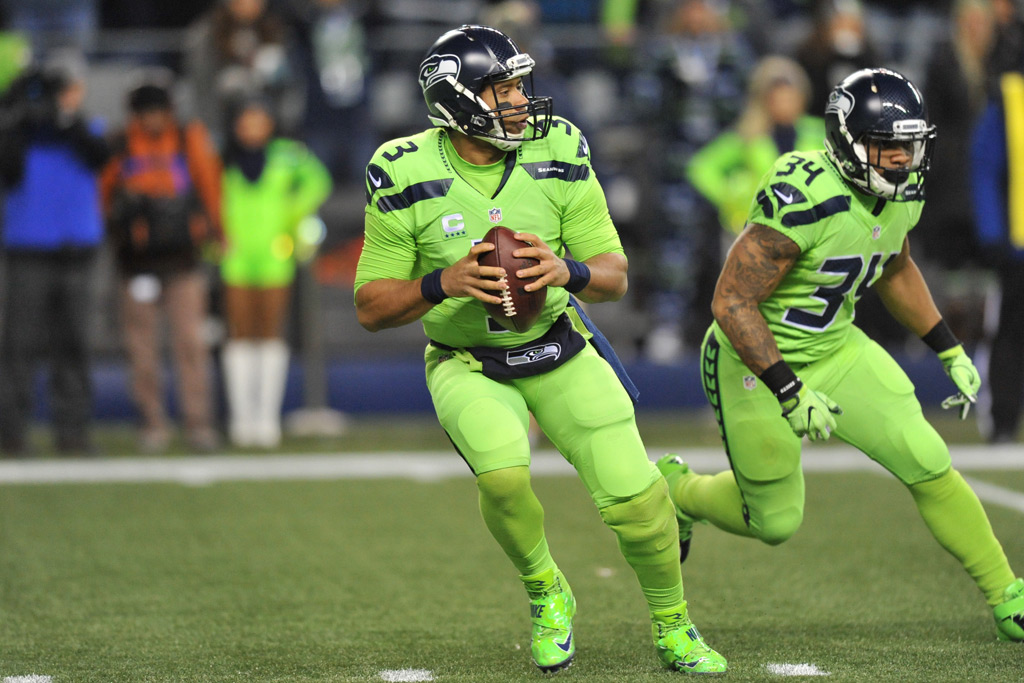 Twitter Had Some Funny Reactions to the Seattle Seahawks' Uniforms ...