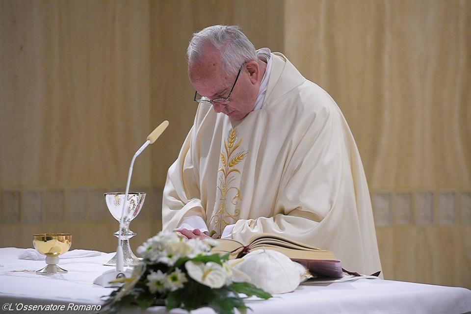 Đức Thánh Cha: 'Thiên Chúa kêu gọi chúng ta biết thương xót, đừng nguyên tắc'