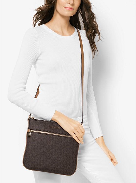 Túi đeo chéo MK cá tính Ginny Medium Party Bead Leather Crossbody Bag