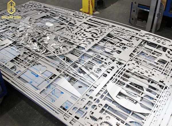 Sản phẩm gia công cắt laser kim loại tại Inox Hùng Cường