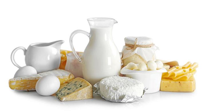 Khi điều trị hắc lào, người bệnh nên tạm thời tránh ăn những chế phẩm từ sữa bò, kể cả pho mát