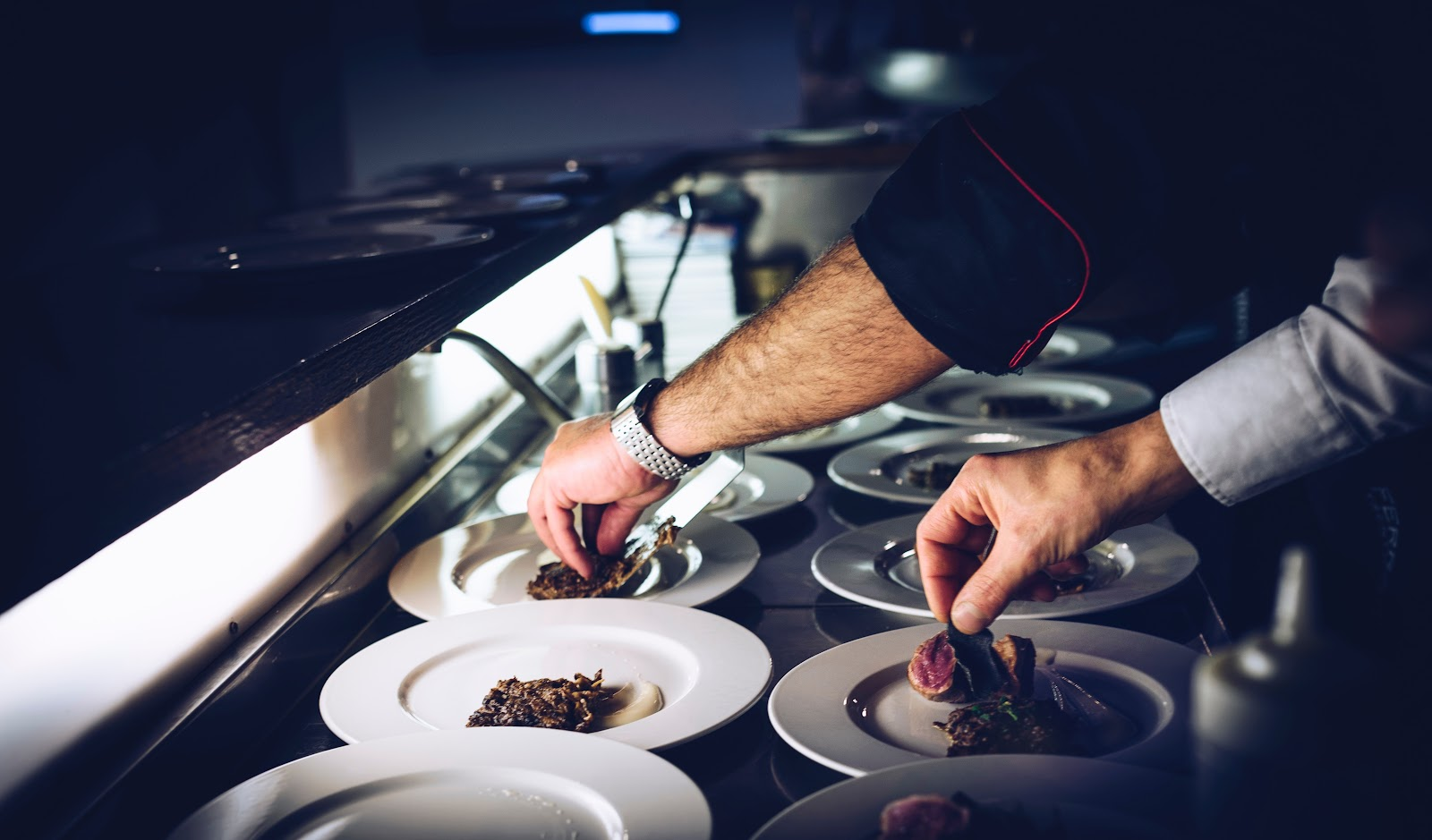 What it takes to work in the restaurant industry in Australia
