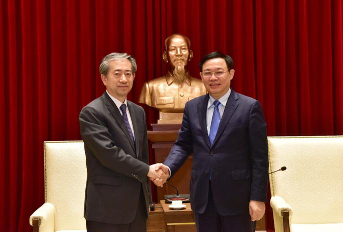Từ Cát Linh - Hà Đông đến mối thâm giao thắm thiết Việt - Trung