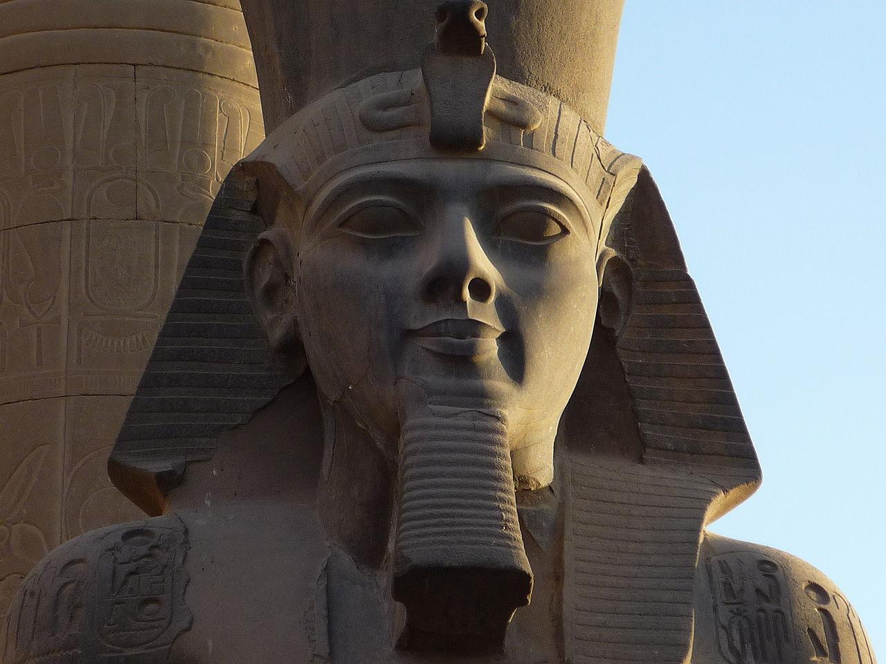 Luxor temple24.JPG