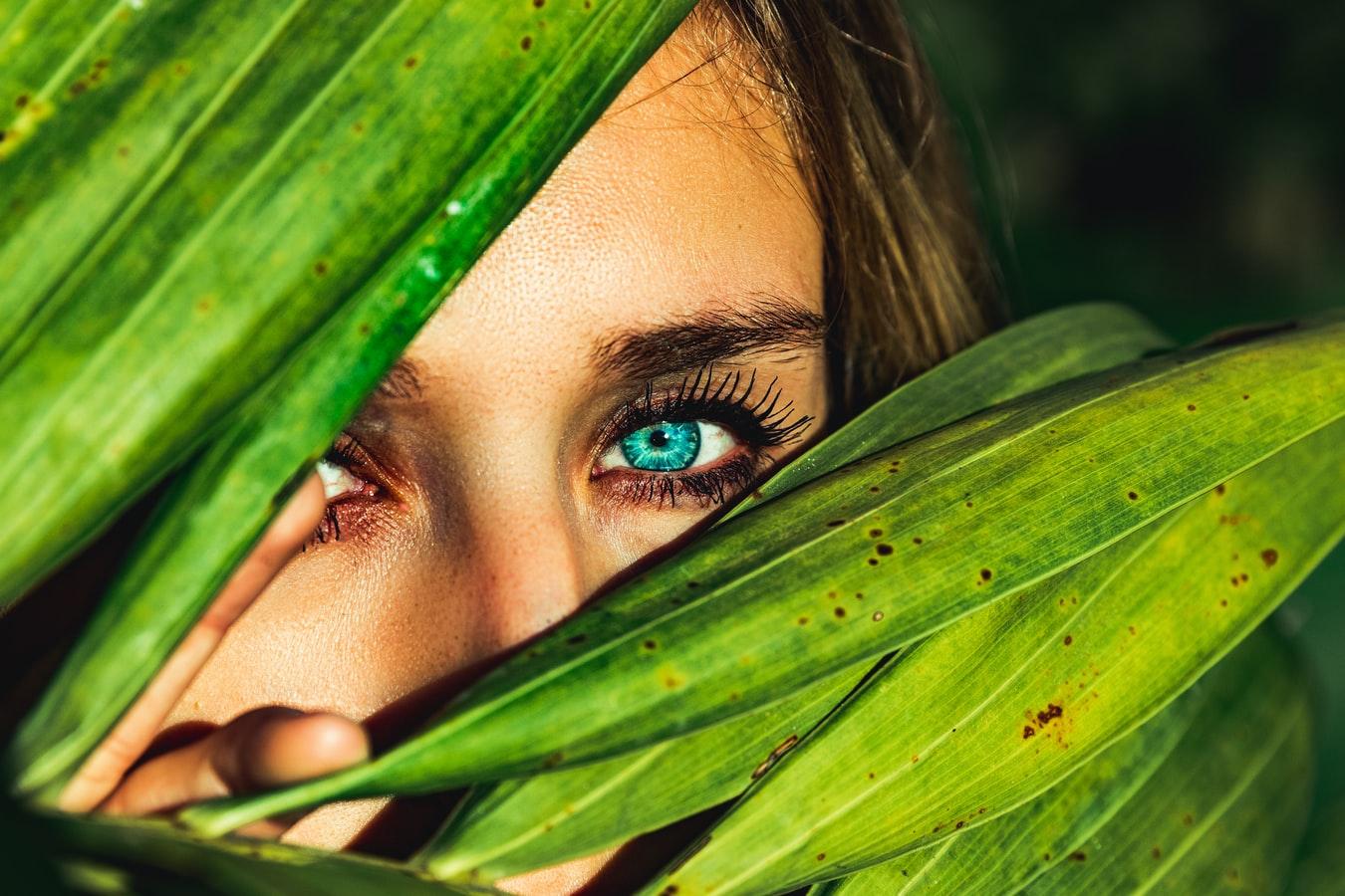 An very photogenic human eye