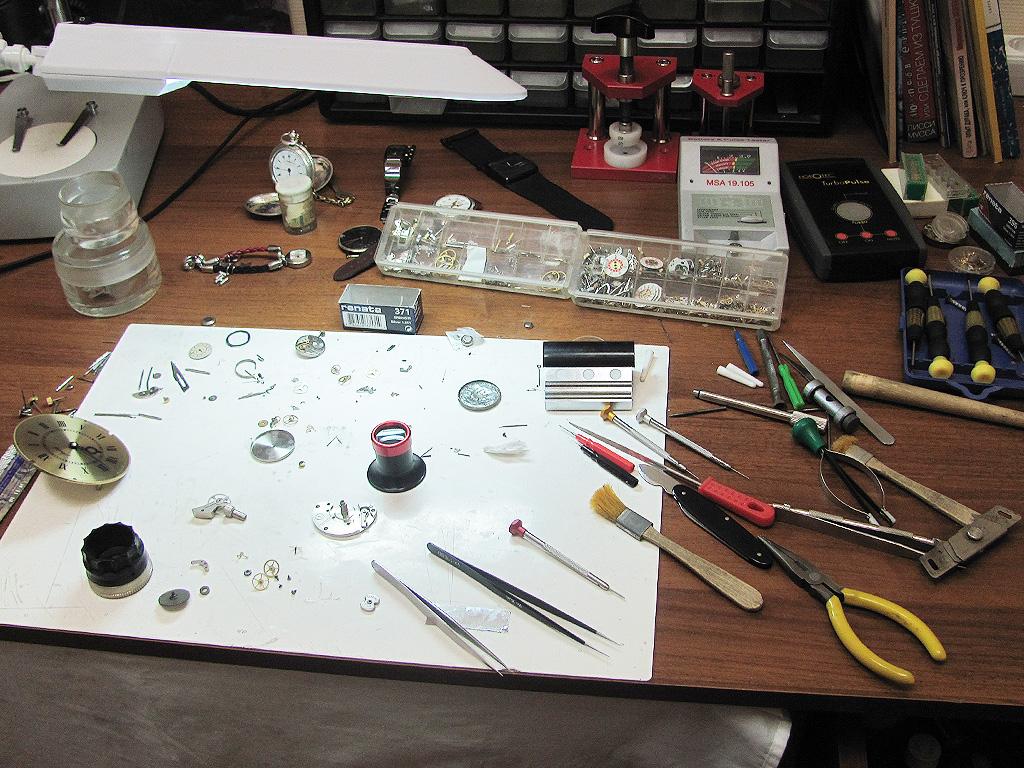 фотография Как открыть мастерскую по ремонту часов 3