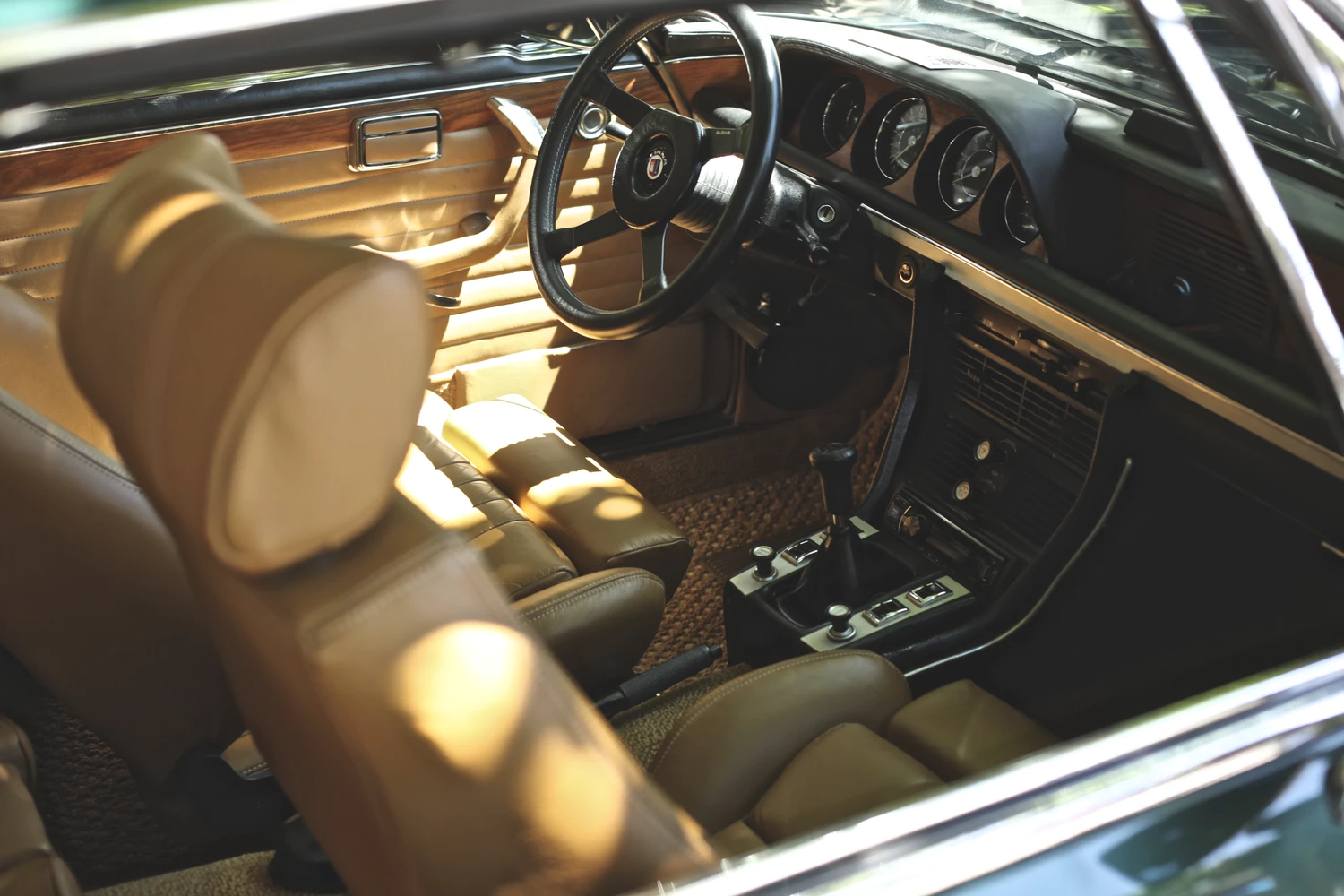 5 Ways To Spruce Up Your Car's Interior