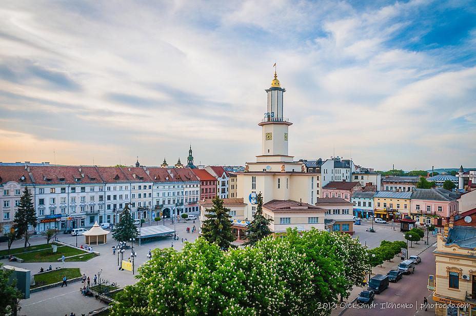 Площа Ринок в Івано-Франківську